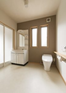 広々一体型洗面トイレ